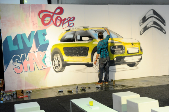 Matthew Dawn Citroen Cactus C4 Graffiti Brussels - Street Art Graffiti Belgium