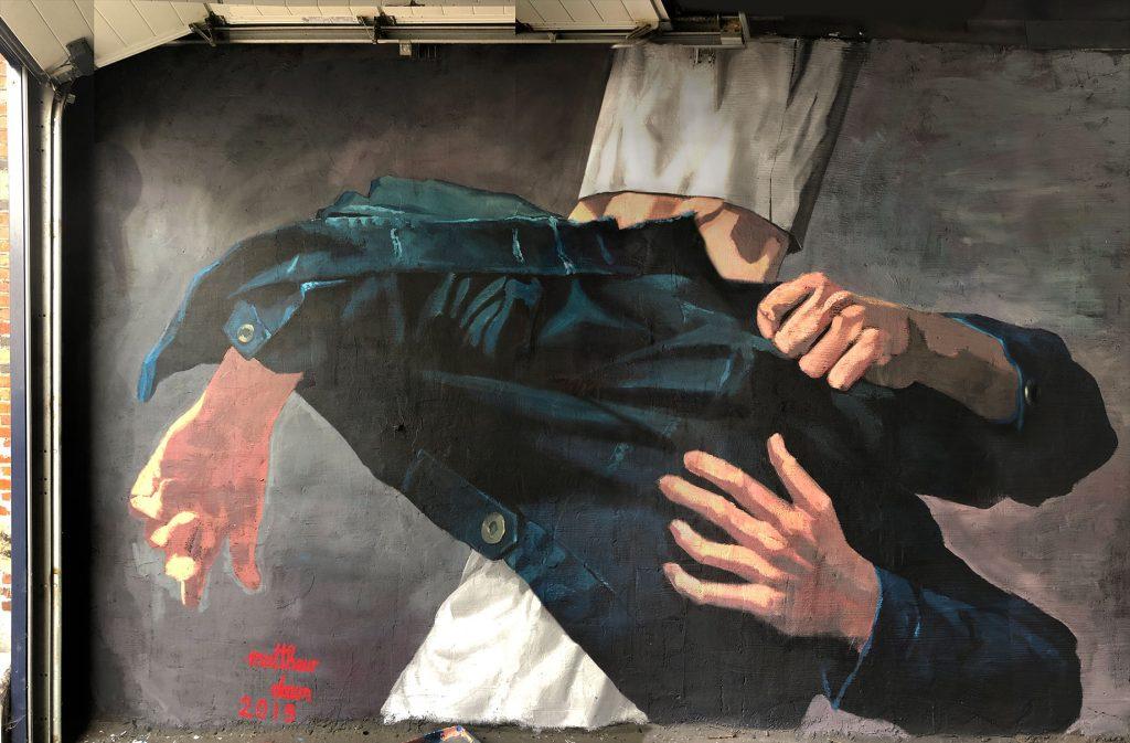 Pulled by Matthew Dawn Antwerp Antwerpen Merksen Street Art Graffiti realism realistisch